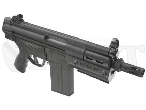 ワンタッチで着脱できるプラ製フラッシュハイダー、14mm逆ネジが刻まれたマズル、金属製のフロントサイトの3点はMP5K-PDWと共通