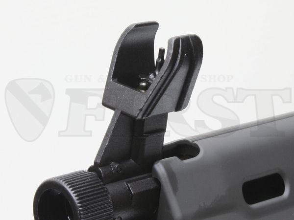 M16同様の上下調整が出来るフロントサイト。基部のダイヤルは空砲やグレネードを使用する際のガスレギュレータ。機能は無いが可動する