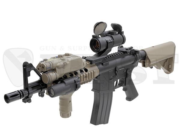 オプション取り付け例。銃本体以外のアクセサリは付属しません。
