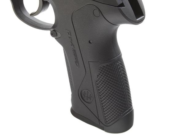 同梱のバックストラップを交換することで、実銃と同じくS、M、Lのグリップサイズに変更可能(画像はMを装着)