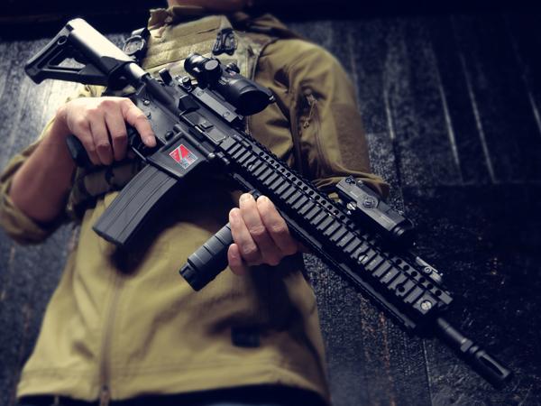 【一品堂】Daniel Defense RIS 12.5インチ STRストックVer. 東京マルイ リアルガスブローバック M4A1カービン