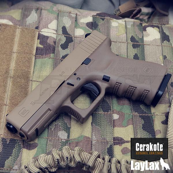 マルイ ガスブローバック G19 セラコート「Coyote Tan&Glock FDE」